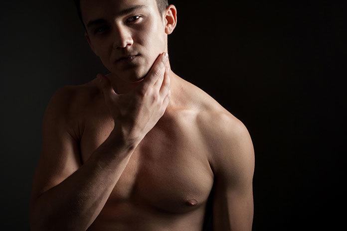 Męskie golenie – jak dbać o nawilżenie twarzy?