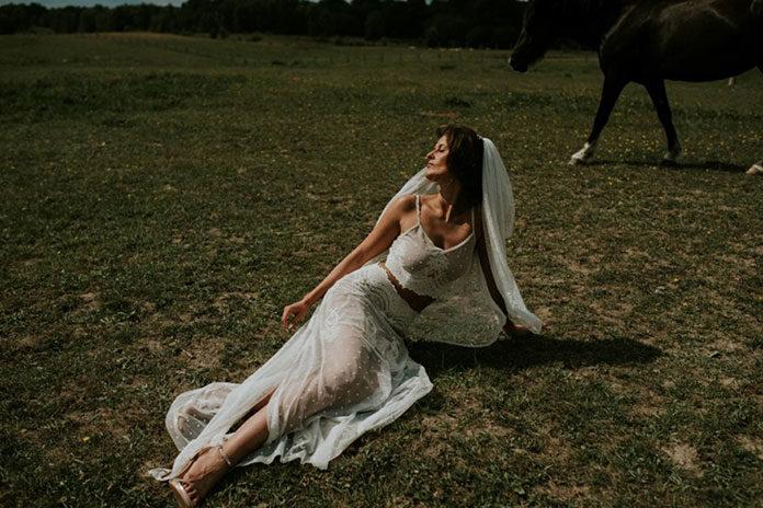 Salon sukien ślubnych – co musisz o nim wiedzieć przed wizytą?