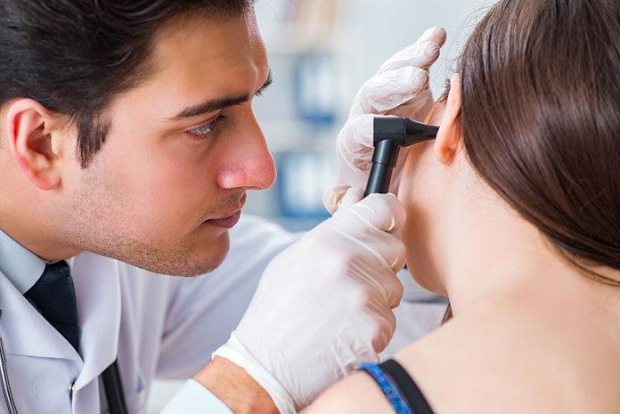Usunięcie migdałków - kiedy? W pilnych przypadkach możesz potrzebować prywatnego laryngologa