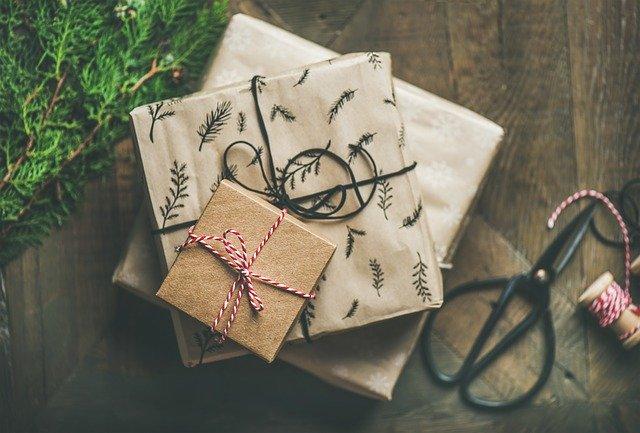 tanie prezenty